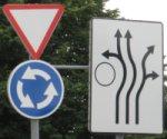 Liiklusmärgid ringristmikul: Anna teed, ringristmik ja rajad ringristmikul
